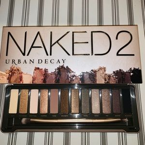 🎊Urban Decay - Naked 2 Eyeshadow Palette🎊